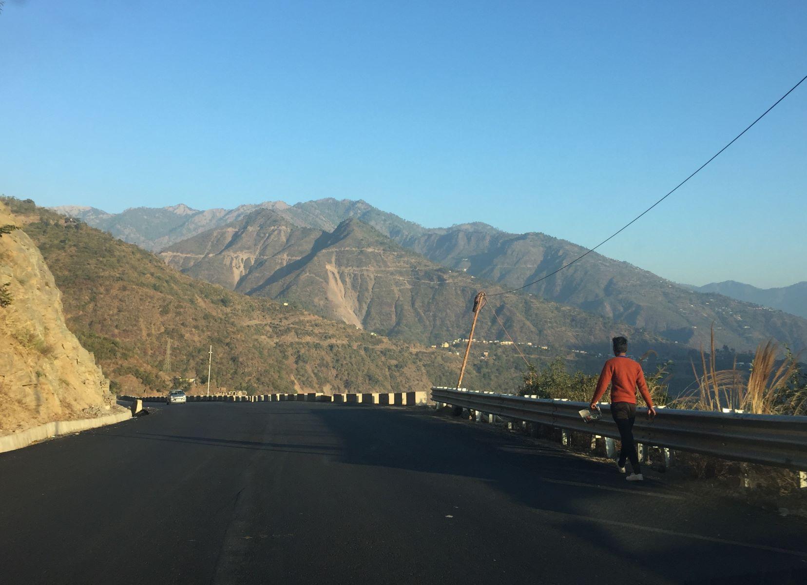 NH-58 National Highway goes through Ganesh's village Bhallegaon in Tehri District