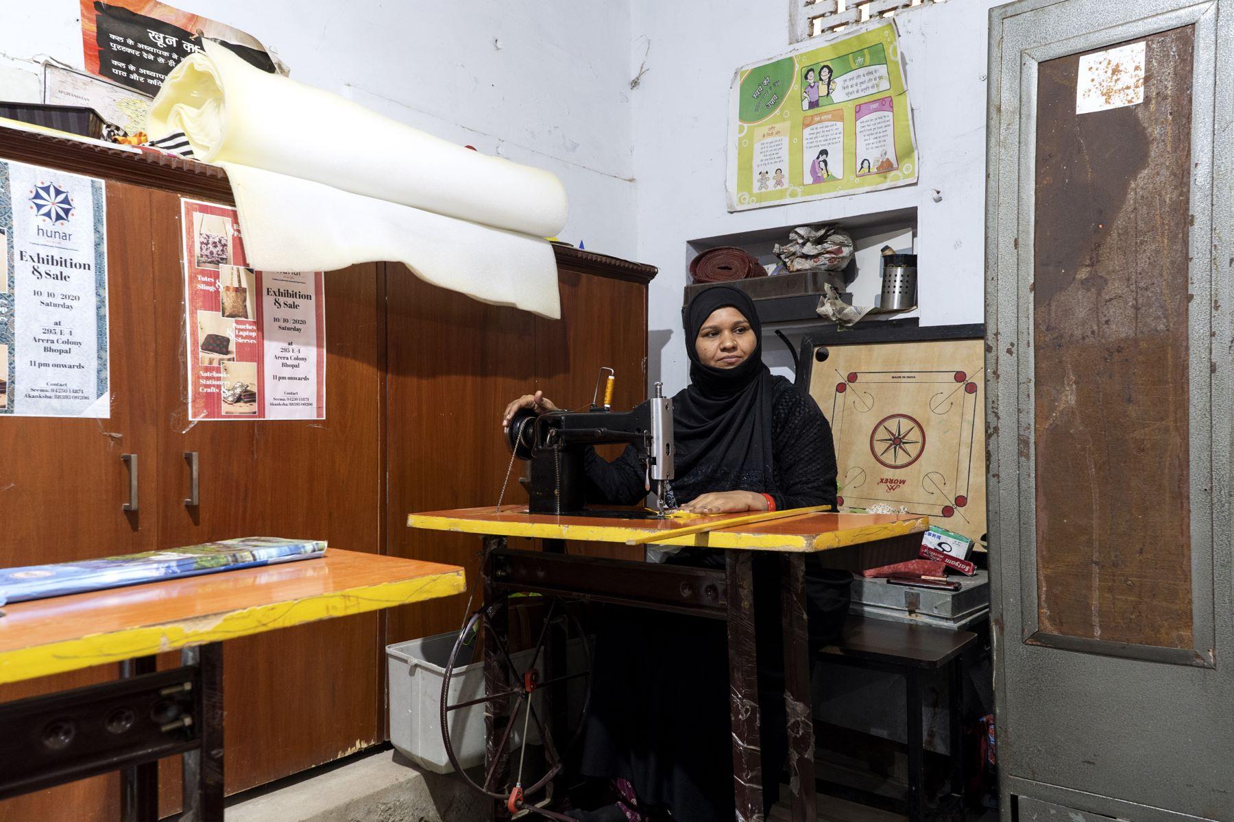 Shabnam ji manages Hunar and conducts stitching classes at Eka